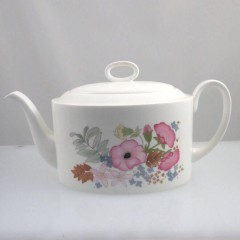 Wedgwood Bone China Meadow Sweet Teapot