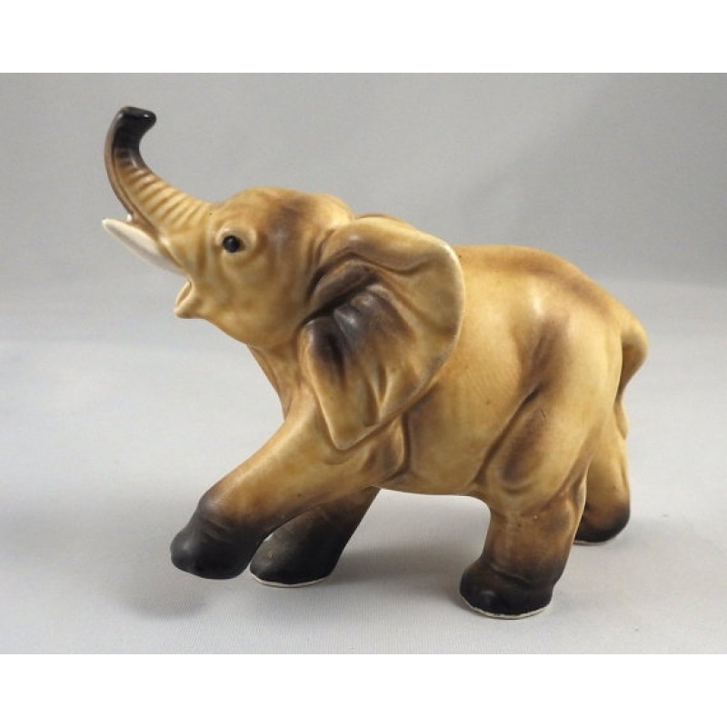 1950s vintage lefton elephant figurine with raised trunk h6980. Black Bedroom Furniture Sets. Home Design Ideas