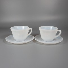 Pair of MacBeth-Evans American Sweetheart Monax Cup and Saucer Sets
