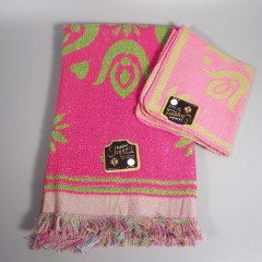 Vintage 1960s Pennsylvania Dutch Hand Towel Washcloth Set - Pink Green