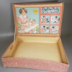 Effanbee FAO Swartz Dy-Dee Baby Layette Box - NO DOLL w/ Unbranded Booties
