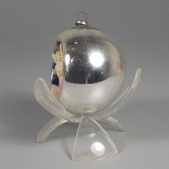 Vintage Mercury Glass Diorama Indent Angel Christmas Ornament