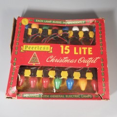 Vintage Peerless Indoor Christmas Tree Lights Set - 15 Socket String