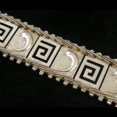 Vintage Sterling Silver Dolphin Bracelet Greek Key Cut Out Panel Links