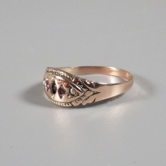 Antique Victorian 10k Rose Gold Band Ruby Seed Pearl Ring